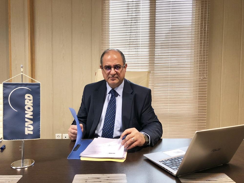 Dr. Kamran Rezaie, studierte in Wien Maschinenbau, bevor er in seiner Heimat die TÜV Nord Niederlassung aufbaute. Foto: TÜV Nord Iran