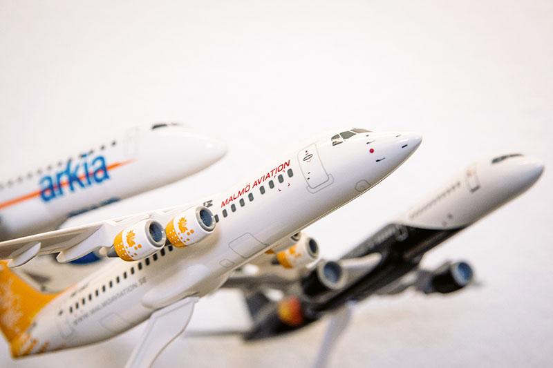 Das Schulungsangebot der Akademie von Asistim nutzen Airlines aus der ganzen Welt - von Asien bis Afrika. Einige Kunden lassen dann auch mal ein Flugzeugmodell in Hannover. Foto: Insa Hagemann