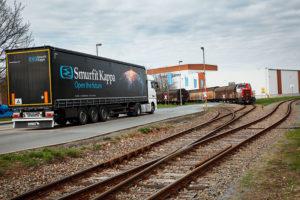 Auf der Schiene bis nach Skandinavien: Der Verpackungshersteller Smurfit Kappa will in den nächsten Jahren noch mehr Güter auf dem Schienenweg transportieren.