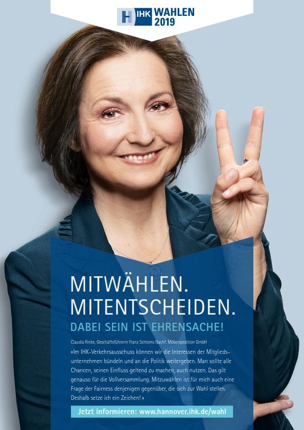 Claudia Rinke wirbt für die Vollversammlungswahl 2019