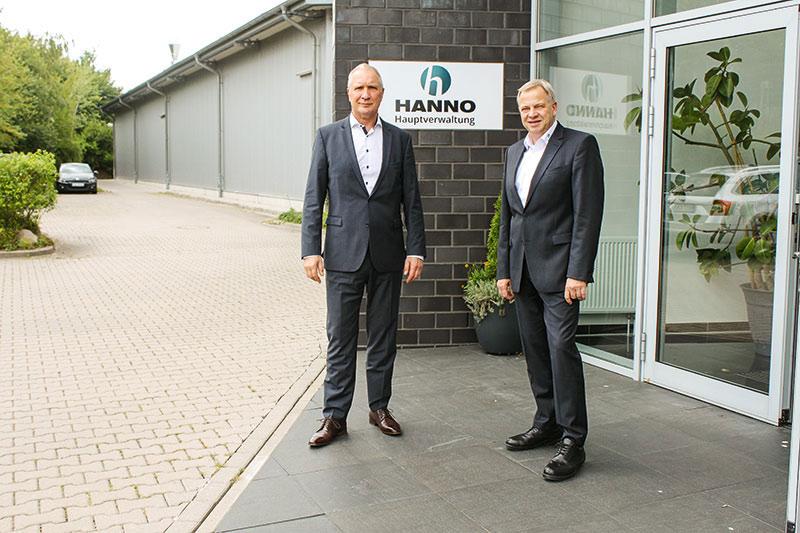 Teil des Führungskreises der Hanno Werk GmbH & Co. KG: Geschäftsführer Günter Krohn (l.) und Prokurist Markus Fehrmann. Foto: Hanno Werk