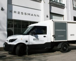 Das Elektromobil des Modehaus Kressmann aus Hildesheim.